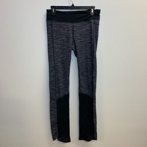 Lululemon Size 8 Active Wear Black and Gray Pants